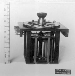 Royal Navy Radiogoniometer S25 internal_workings
