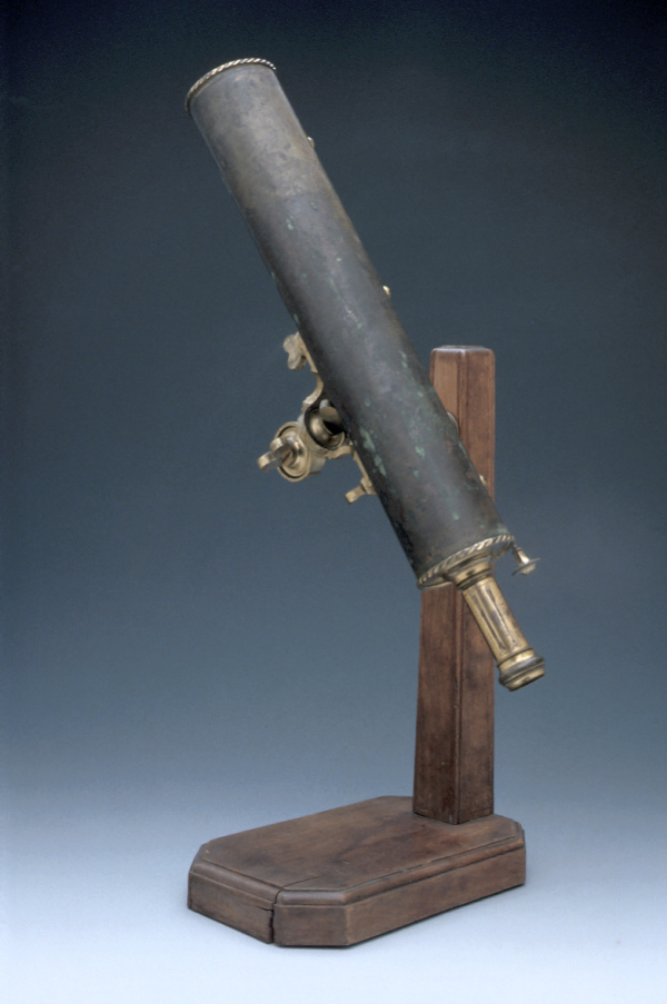Gregorian Reflecting Telescope with Stand, c. 1710 (Inv. 20020). This object is one of many within the Orrery Collection at the Museum.