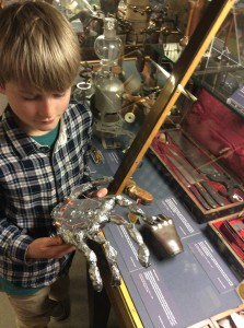 A prosthetic hand and the Museum object which inspired it